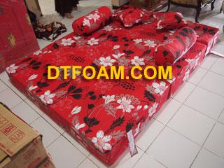sofa-bed-merah2